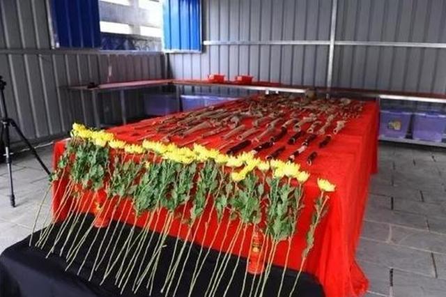 广西:83年前百名红军战士被投井 今天让烈士入土为安
