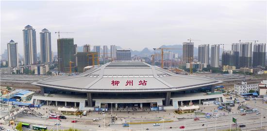 新柳州火车站站房 韦建松/摄