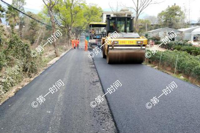 桂林这段2.8公里长的道路今天整修好 为清明节提供便利