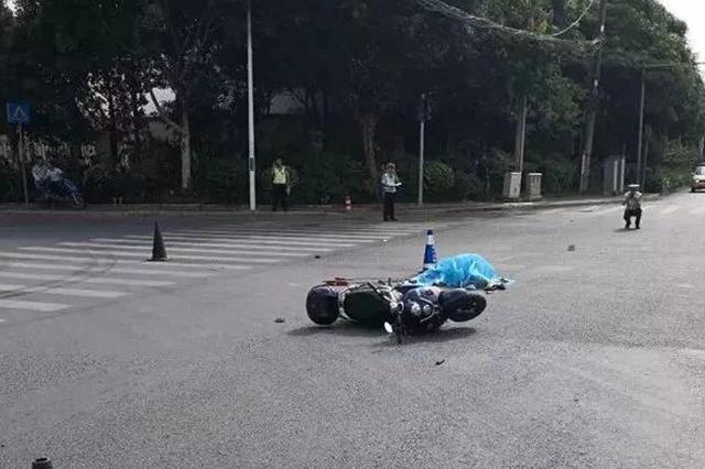 寻肇事者!南宁一女电动车手被撞身亡 肇事车辆逃逸