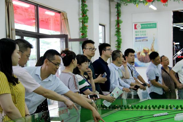 40多家电商企业聚头 南宁农产品交易中心办参观交流会