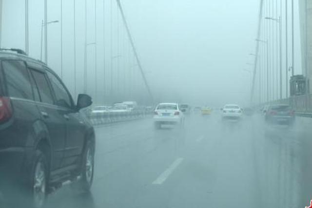 气象台发暴雨蓝色预警:未来三天西南广西局地有暴雨