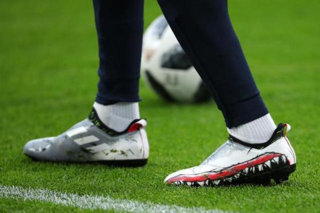 """职业球员的脚有多""""丑陋""""?这才是足球真实的样子"""