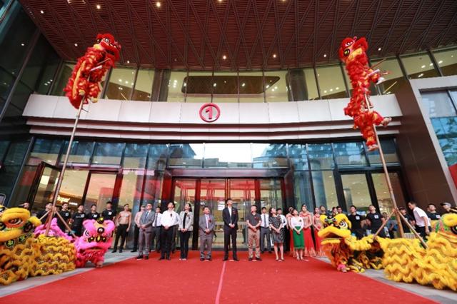万众期待的289上海天地购物中心  818盛装启幕 无限摩登