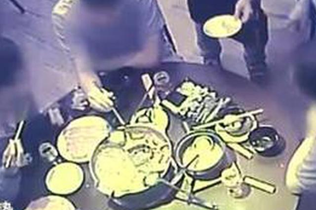 男子不满被辞退 夜里偷偷放火想烧掉老板的火锅店