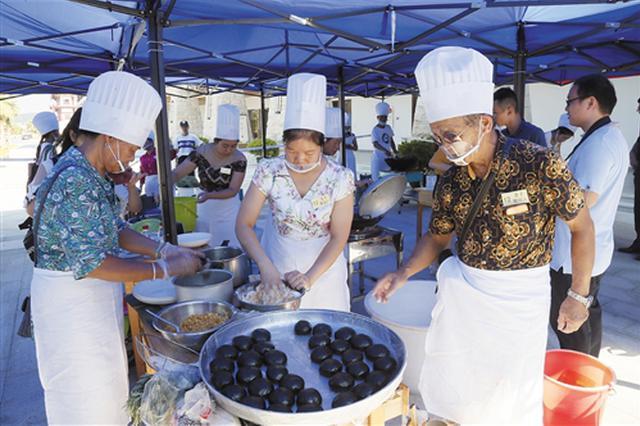 南宁举办东南亚传统糕点制作大赛 美食色香味俱全