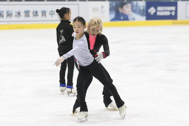 她曾让中国选手屈居冬奥会亚军 现在指导北京花滑队