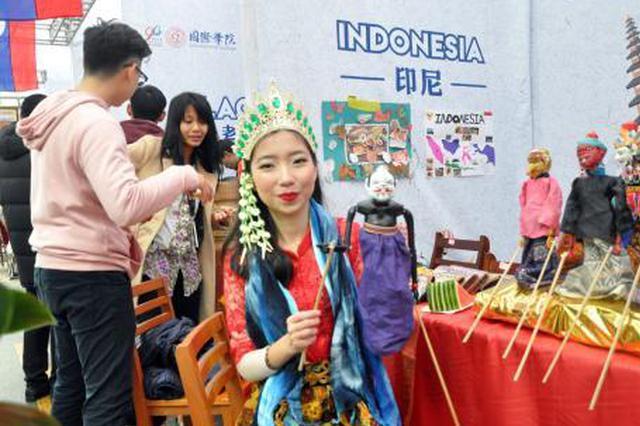 广西大学庆祝建校90周年 东盟留学生展示特色文化