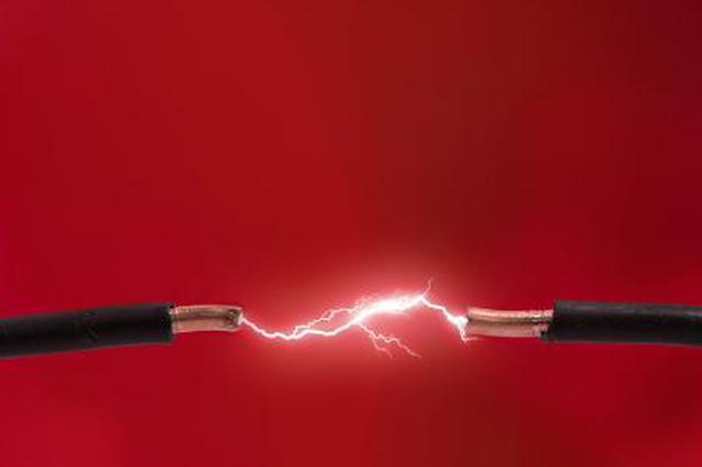 鱼竿碰触高压电男子不幸遭电击 法院判决男子担责40%