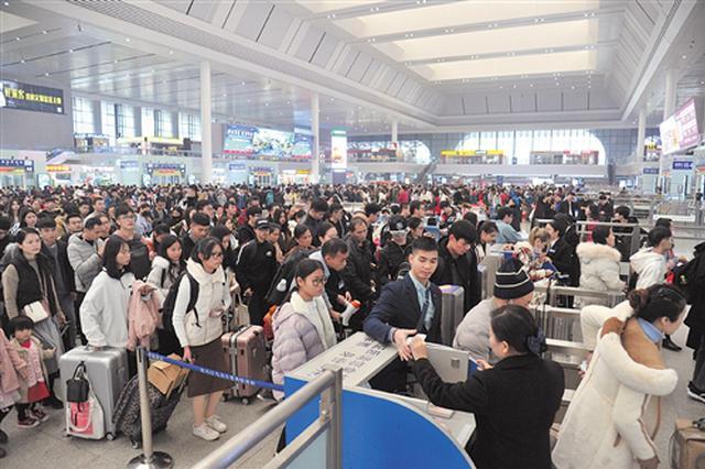 今年春运宁铁预计发送旅客1400万人 探亲出游早买票