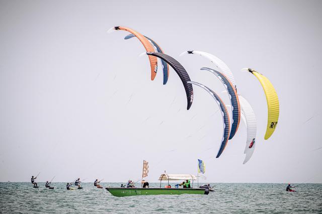 风筝板系列赛在北海圆满落幕 风筝板运动无穷魅力充分展现