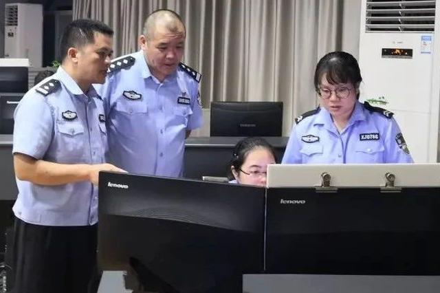 """60分钟!桂林接警员的""""黄金通话""""成功解救10岁女孩"""