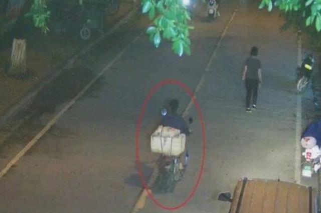 蒙面、切断监控电源……鹿寨这窃贼还没销赃就被抓了