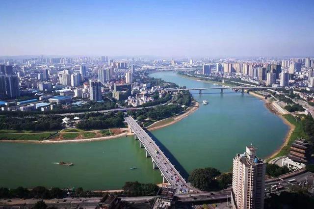 明江左江等水位持续上涨 邕江两岸部分景观带将被淹