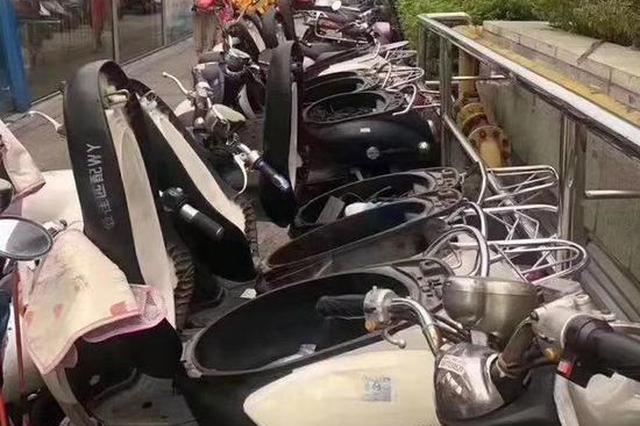 """柳州警方抓获一批""""电瓶仔"""" 追回被盗电瓶上百个"""