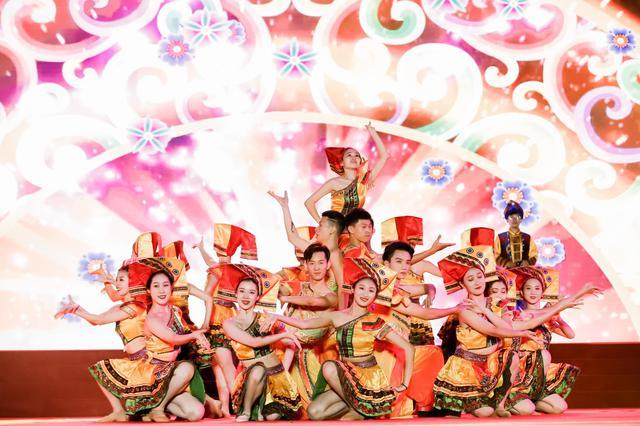 """""""绿城歌台""""群众文化活动——良庆歌台原创山歌大会精彩上演"""