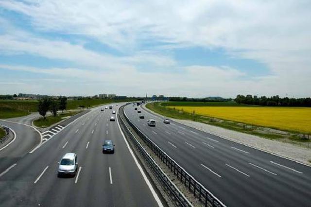"""广西拟建7条高速路 南宁-大新将""""拉近""""至108公里"""