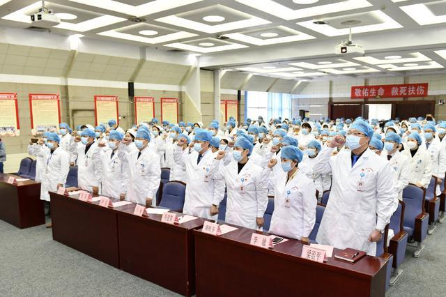 国家需广西145名医务人员驰援武汉 这里一晚报名800多人