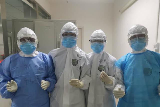 广西援鄂医务人员的战疫日记:护目镜长时间紧压鼻梁