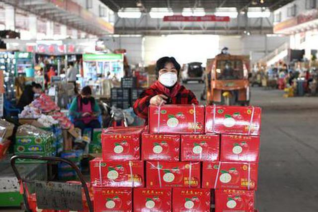 广西最大水果批发市场见闻 回暖的不止天气还有市场