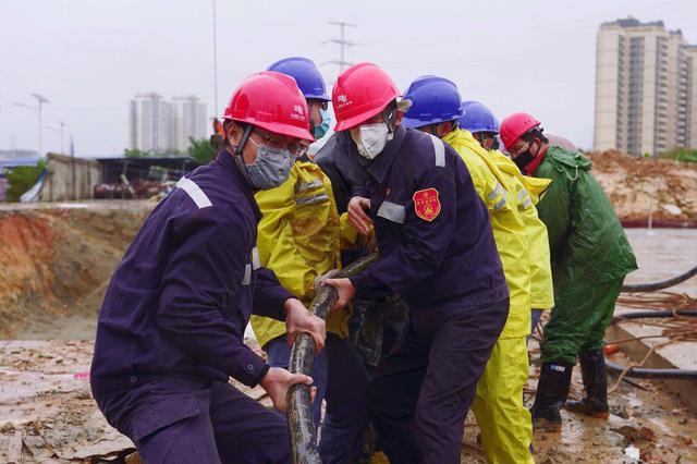 """百城行动战疫情:南方电网突击队队员们的战疫""""日记"""""""