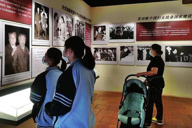 南宁文化场馆有序恢复开放 市民需测体温、扫码进馆