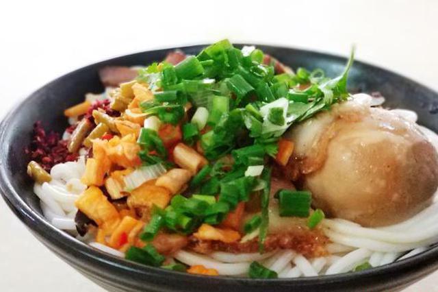 桂林以特色小吃温暖湖北籍返桂人员 桂林米粉仅1元