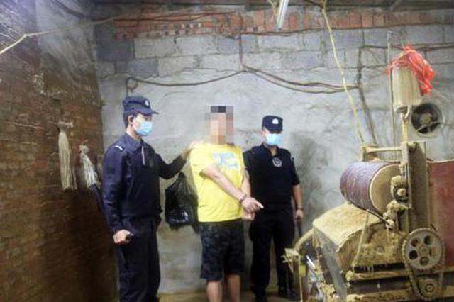 广西警方破获特大制售假冒伪劣卷烟案 涉案金额320万