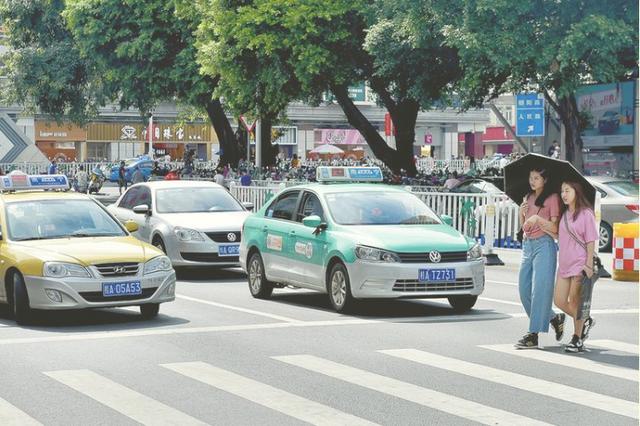 点赞! 南宁出租车成为文明城市创建流动风景线