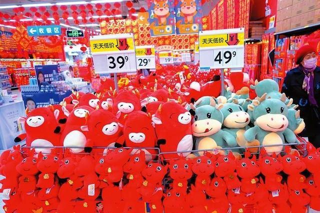 春节临近 南宁市民俗年货开始进入销售旺季