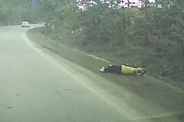 监控拍下惊魂一幕!广西宾阳一小女孩横穿马路被撞飞