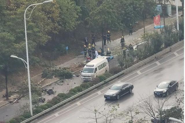 王小东对白沙大道交通事故作出批示:尽快查明事故原因