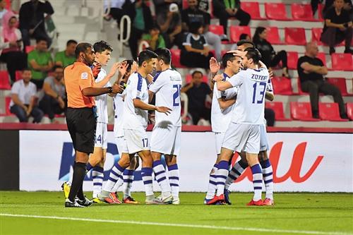 乌兹别克斯坦队在刚刚结束的亚洲杯比赛中实力不俗