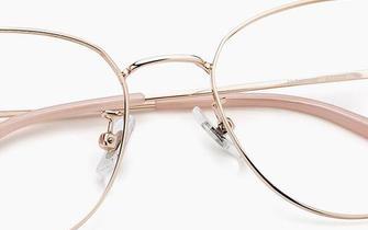 博仁店购眼镜携手联通送眼镜啦