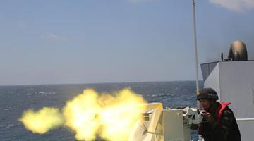 广西海警在北部湾开展实弹射击训练