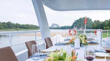 漓江上再添豪华游船:360度观景