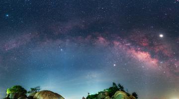 钦州:三娘湾夏夜星光灿烂