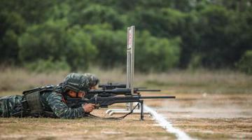 直击广西武警特战队员训练