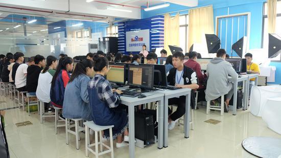 电子商务技术比赛现场