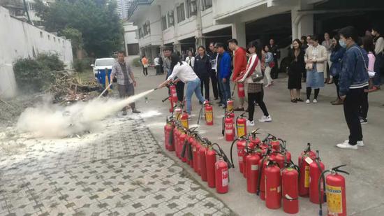 交通银行柳州分行举行2018消防安全学习培训活动