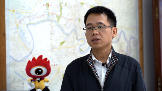 南宁市市政工程管理处桥梁维修所高级工程师张伟峰