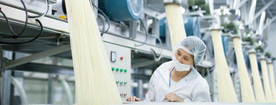 桂林三养胶麦生态食疗产业有限责任公司是国内率先突破米粉保湿保鲜达12个月且不含防腐剂技术的企业