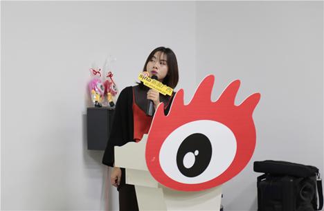 (新浪广西视频主管覃玉琴分享突发事件文案采写和视频拍摄技巧)