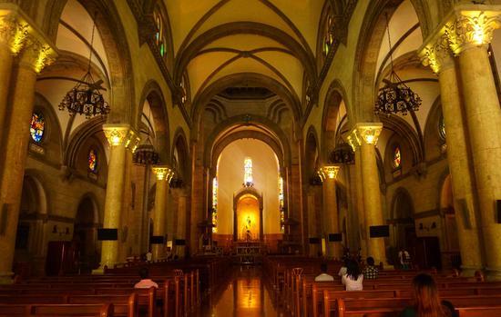 马尼拉大教堂  摄影/莫果蕾