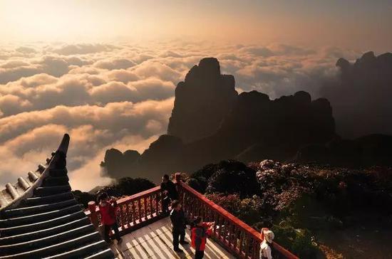 想去远方看美景?在广西就可以玩个遍 浪够一整年