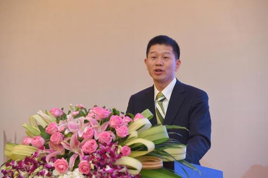 邮储银行总行国际业务部祝元荣总经理作了题为《中越携手,共谱跨境新篇章》的主题演讲