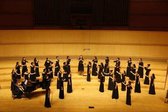 越人合唱团用声音温暖城市 创造一台感动几代南宁人的音乐会