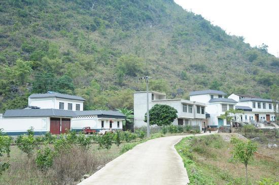 大化弄务屯:人居环境改善 生态产业发展