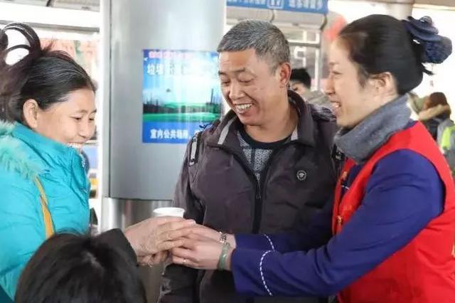 【聚焦春运】公路客运迎来年前客流高峰
