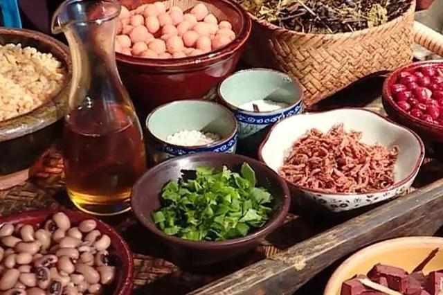 大年初三去广西三江试试酸鱼腌肉 喝碗油茶好悠哉